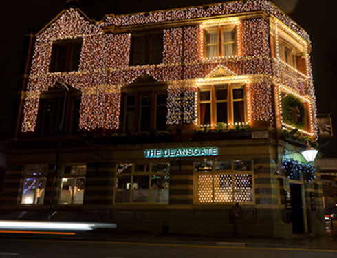 Deansgate pub decorated with Christmas lights